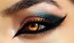 Eyes_Showcase