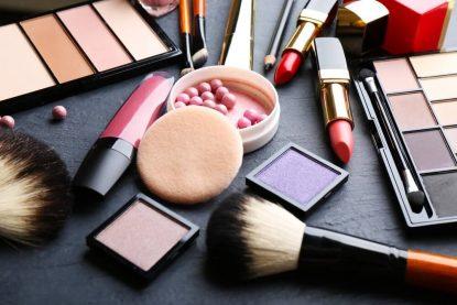 Makeup_Tools_Showcase